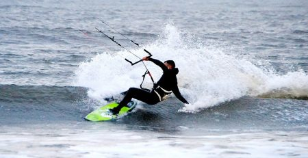 Zombie kite board lay back top turn