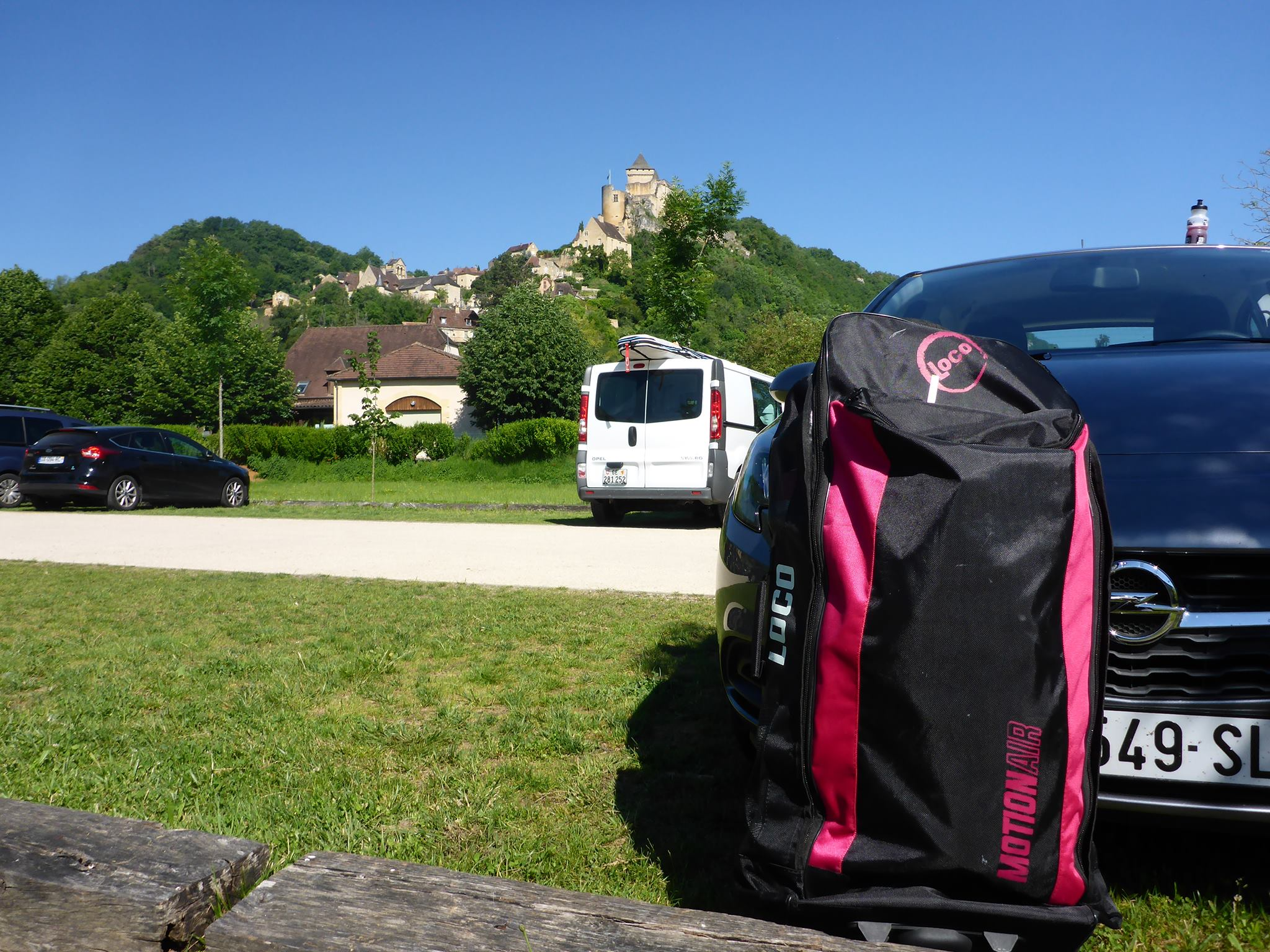 Pink Loco Aeries Series iSUP Back Pack